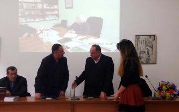 В День черкесского языка и культуры в ЧКЦ состоялась презентация книги и подписание меморандума